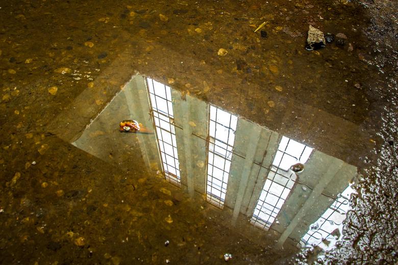 Urbexbasementmirror 1 - De krachtcentrale in Huizen was onlangs  3 dagen opengesteld voor fotografen, er gaat nu een verbouwing plaats vinden om er ee