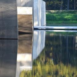 DSC_6899  Schaduw en reflectie.