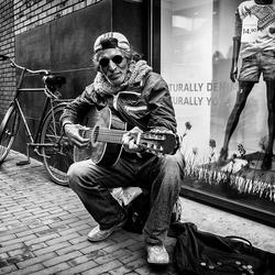 Straatmuzikant Assen