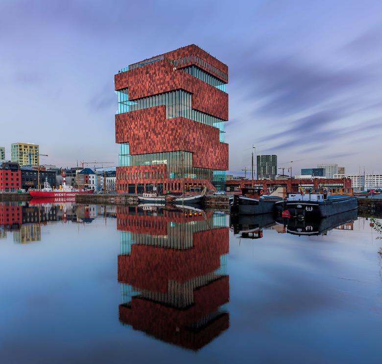 Antwerpen MAS - The Museum aan de Stroom (MAS; Dutch for: Museum by the River) is a museum located along the river Scheldt in the Eilandje district of