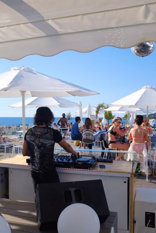 De Ibiza vibe - Rooftopbar party @ Ibiza