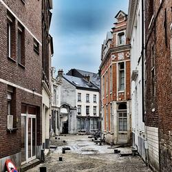 Opengebroken straat in het centrum van Leuven
