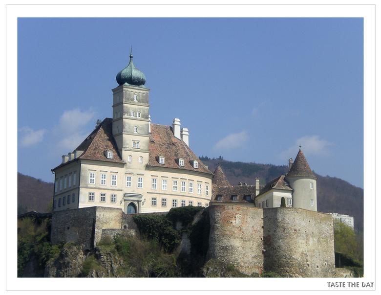 Schloss Schönbühel - Tijdens rondvaart op de Donau een foto gemaakt van Schloss Schönbühel.