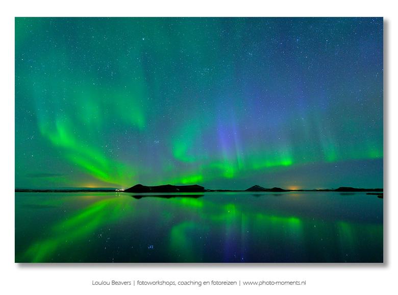 Noorderlicht - Alhoewel de zuidkant van IJsland inmiddels vaak overspoeld wordt door toeristen, is dat in het noorden van IJsland heel anders. Hier zi