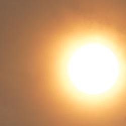 tegen de zon en beter weten in om 14.25 uur