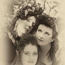 Mystic threesome