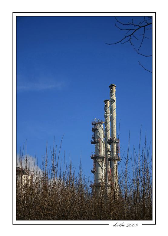 Latente vervuiler??? - Dit is een heel beperkt onderdeel van een grote chemiereus bij ons in de buurt, hoewel zij het tegendeel beweren, is bijna iede