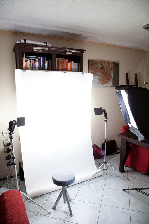 Achter de schermen Thuisstudio - Zo ziet mijn strobist studio er thuis uit.<br /> <br /> Flitsers voor met flag 2x Canon 540EZ met Yongnuo CTR301 tr