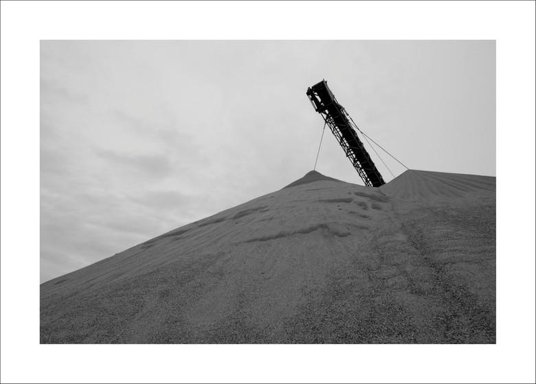 Zandfabriek langs de Po - Italië