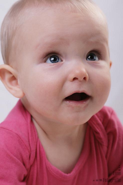 """Iza 1 - Vandaag voor het eerst een baby shoot gedaan <img  src=""""/images/smileys/smile-big.png""""/>"""