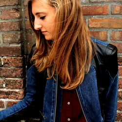 Renee Van Exel 2