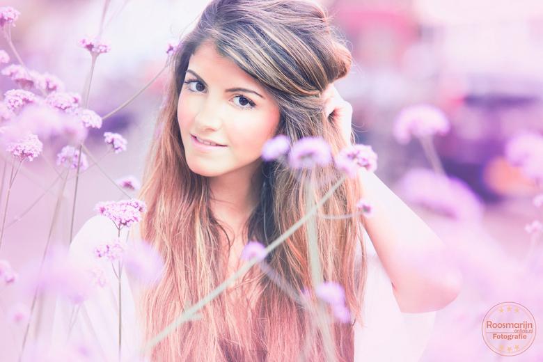 """Dina paars - Dina <img  src=""""/images/smileys/smile.png""""/>"""