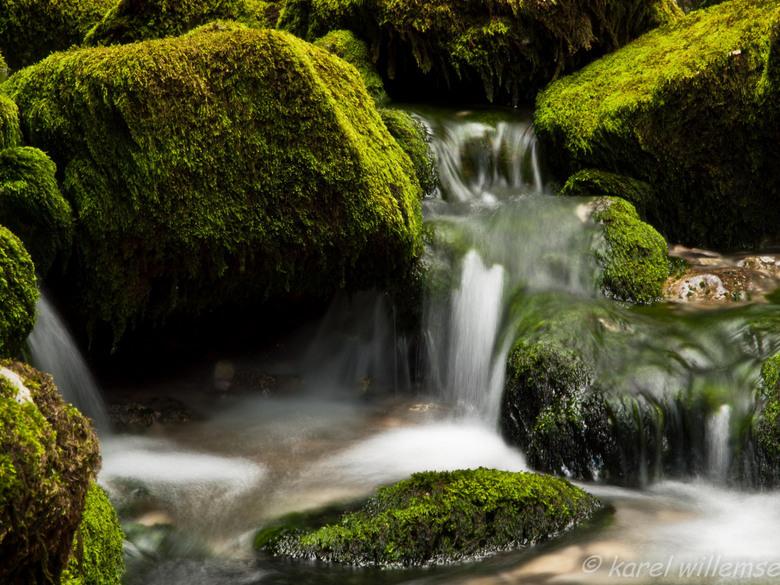 drome 2 - achter de camping de rivier de drome.<br /> HDR opname bestaande uit 5 foto&#039;s.