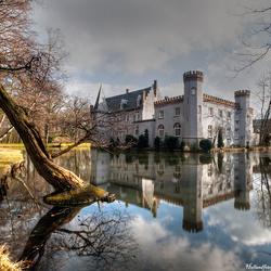 reflectie kasteel Stapelen