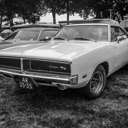 yellow charger r/t
