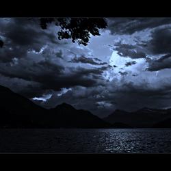 IMPRESSIVE CLOUDS ABOVE THE LAKE II