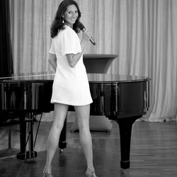 Singer....