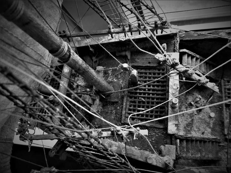 gestrand zeilboot! - Gestrand zeilboot! Foto genomen van maquette die ik heb bekomen van een persoon die deze buiten liet staan. De bedoeling om deze