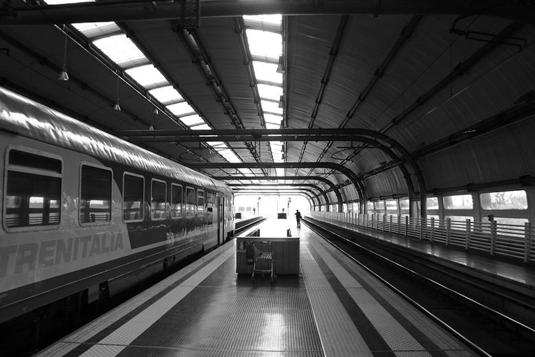 Treinstation nabij Rome - Gemaakt tijdens een weekeindje Rome.
