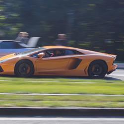 panning shot: Lamborghini Aventador in Knokke (B)