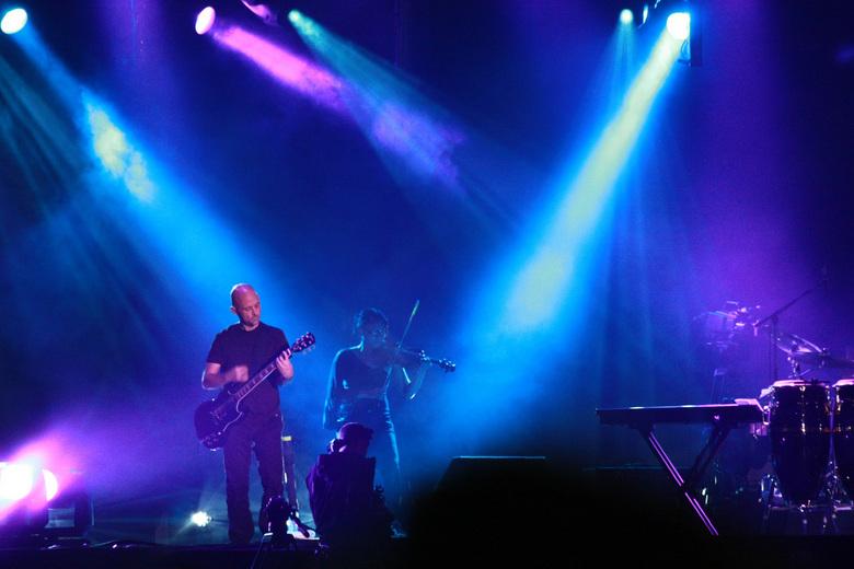 Moby @suikerrock  - Het beste concert in jaren ,veel ruis op de foto maar ik plaats hem toch ,is al een hele tijd geleden dat ik nog iets geupload heb