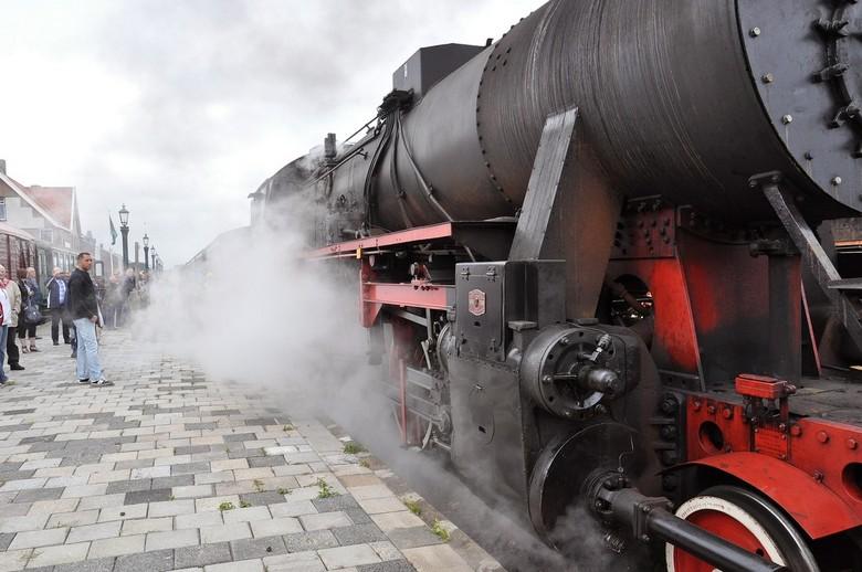 Stoomlocomotief T3-5933 - Museum Spoorlijn S.T.A.R. Stadskanaal<br /> Bedrijfsnummer T3-5933<br /> Berliner Maschinenbau A.G.<br /> Berlin-Wildau<b