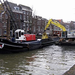 UITBAGGEREN IN DE LANGE HAVEN