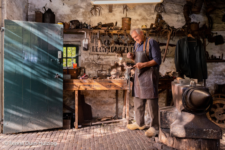Klompenmakerij Orvelte - Deze foto is gemaakt bij de ambachtentuin in Orvelte.