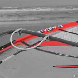Surfplank op strand van Ameland