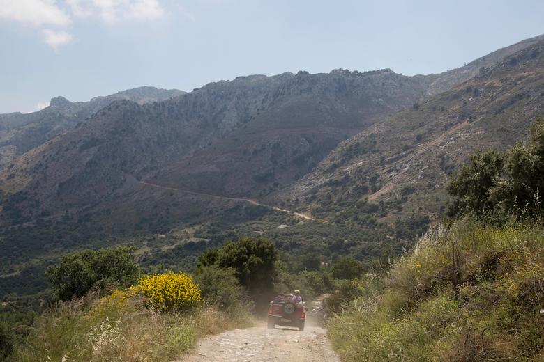 De binnenlanden in - Nog geen kwartier rijden van de toeristische kust van Kreta kom je in een prachtig ruig berglandschap terecht
