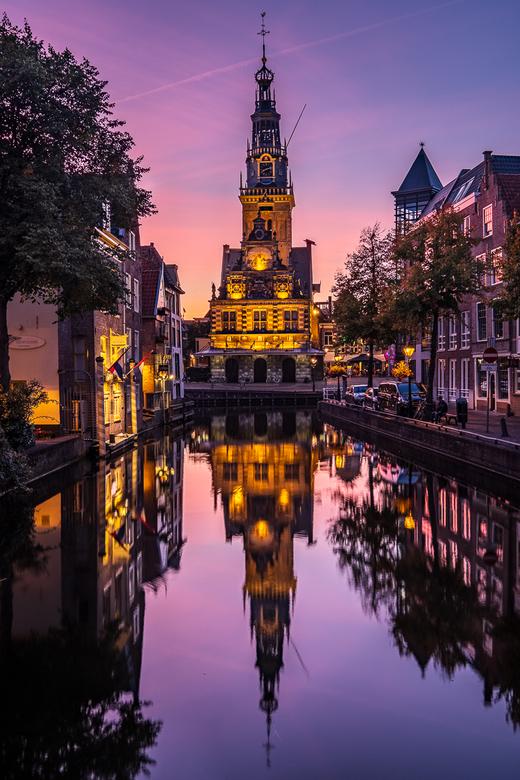 De Waag Alkmaar - Een onverwacht mooie zonsondergang bij de Waag in Alkmaar