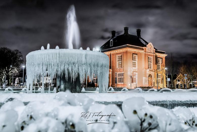 IJsland of Nederland... - HDR foto betaande uit 3 losse foto's.