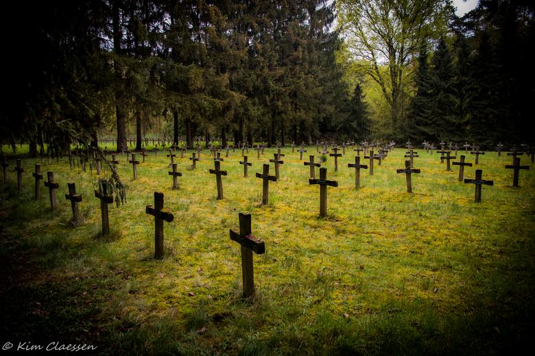 Urbex kerkhof 02 - Gisteren voor het eerst deze locatie 'Cemetery of the insane' bezocht.