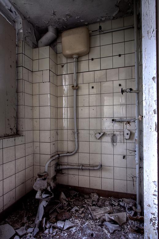 Lindau Sanatorium 2 - Op 24-9-2010 hebben Jos en ik een bezoek gebracht aan dit sanatorium<br /> Het is een hdr foto<br /> <br /> Kijk ook eens op