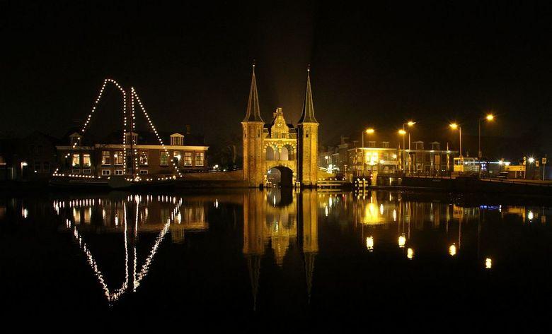 Waterpoort - Waterpoort bij nacht
