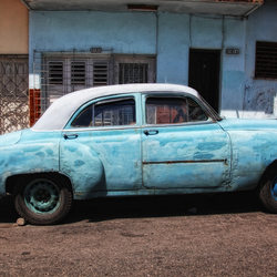 Another old blue car
