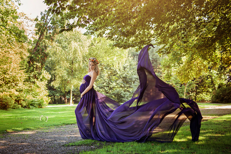 Danica dress purple - Herfst promo shoot zwangerschapskleding