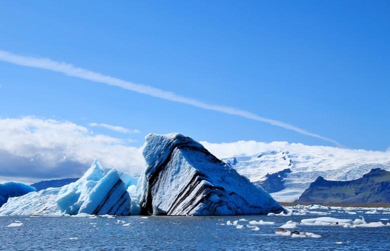 Stukje  - Onstuimig tochtje per zodiac boot. Wel een fantastische ervaring en een zeer uitgebreide uiteenzetting over de gletsjer enz. Zeker een aanra