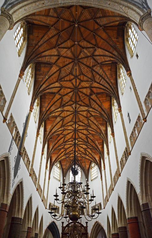 interieur grote of sint bavokerk haarlem