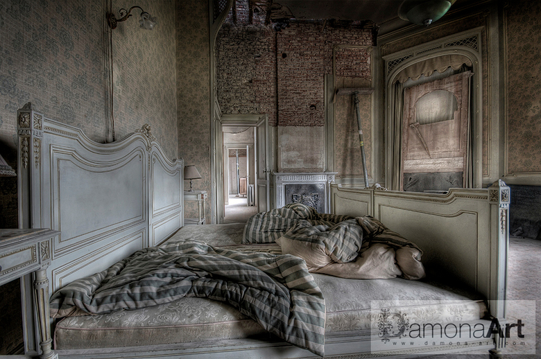 Today - A forgotten and abandoned Chateau Lurking on a domain somewhere in Belgium. The history of this Chateau is going back to the year 1913. Abando