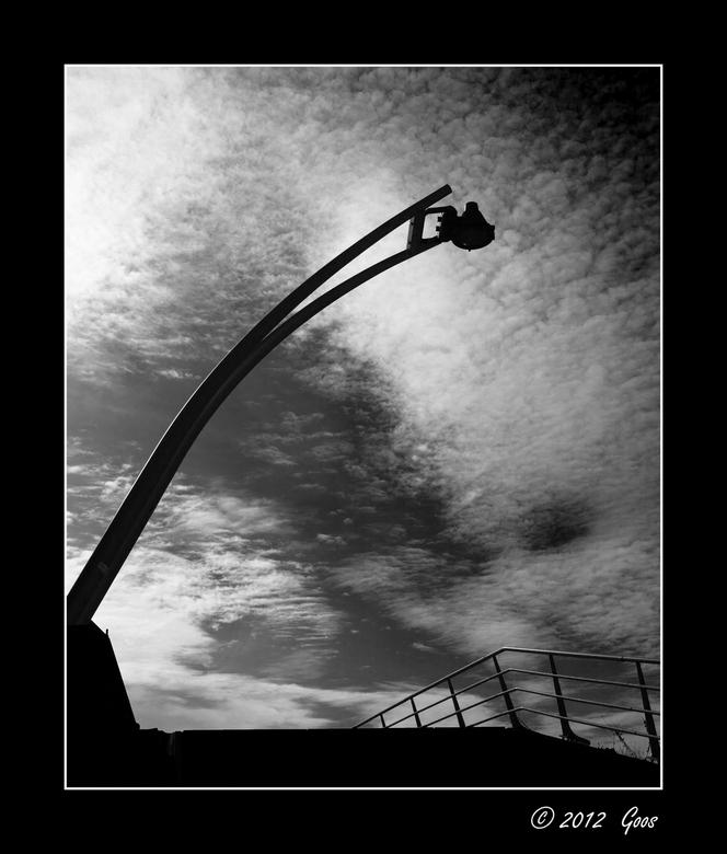 Utrecht 33 - Laatste van Utrecht. Deze lantaarn stond naast de Prins Clausbrug.<br /> Allemaal weer bedankt voor de reacties.