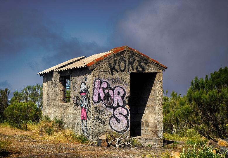 kors 1804114017mniw - grafitti kan de boel opvrolijken