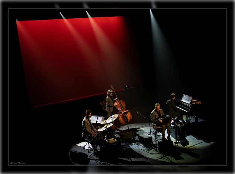 Accordeon ... Gwen Cresens Quartet -