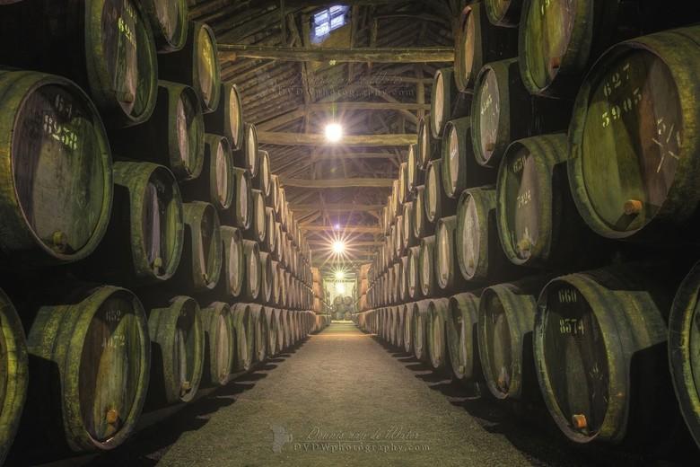 """Port kelders in Porto - <a href=""""https://dvdwphotography.com/2019/06/04/porto-a-small-selection/"""">https://dvdwphotography.com/2019/06/04/porto-a-small"""