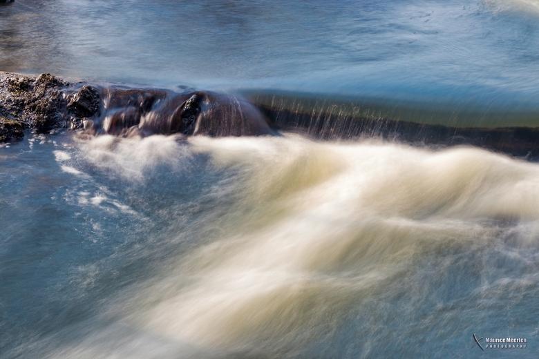 Stromend water - Stromend water