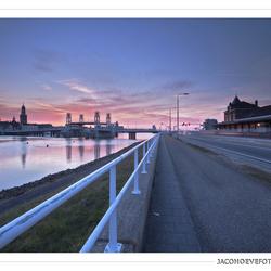 Zonsondergang in de stad Kampen (2)