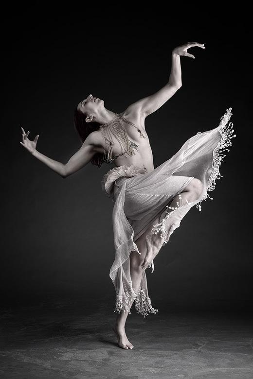the art of ballet - Aria Rainbow