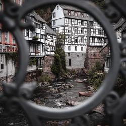 Doorkijkje naar Monschau