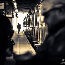 silhouette op het station