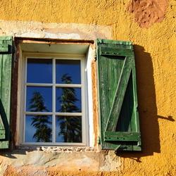 Raam in Roussillon